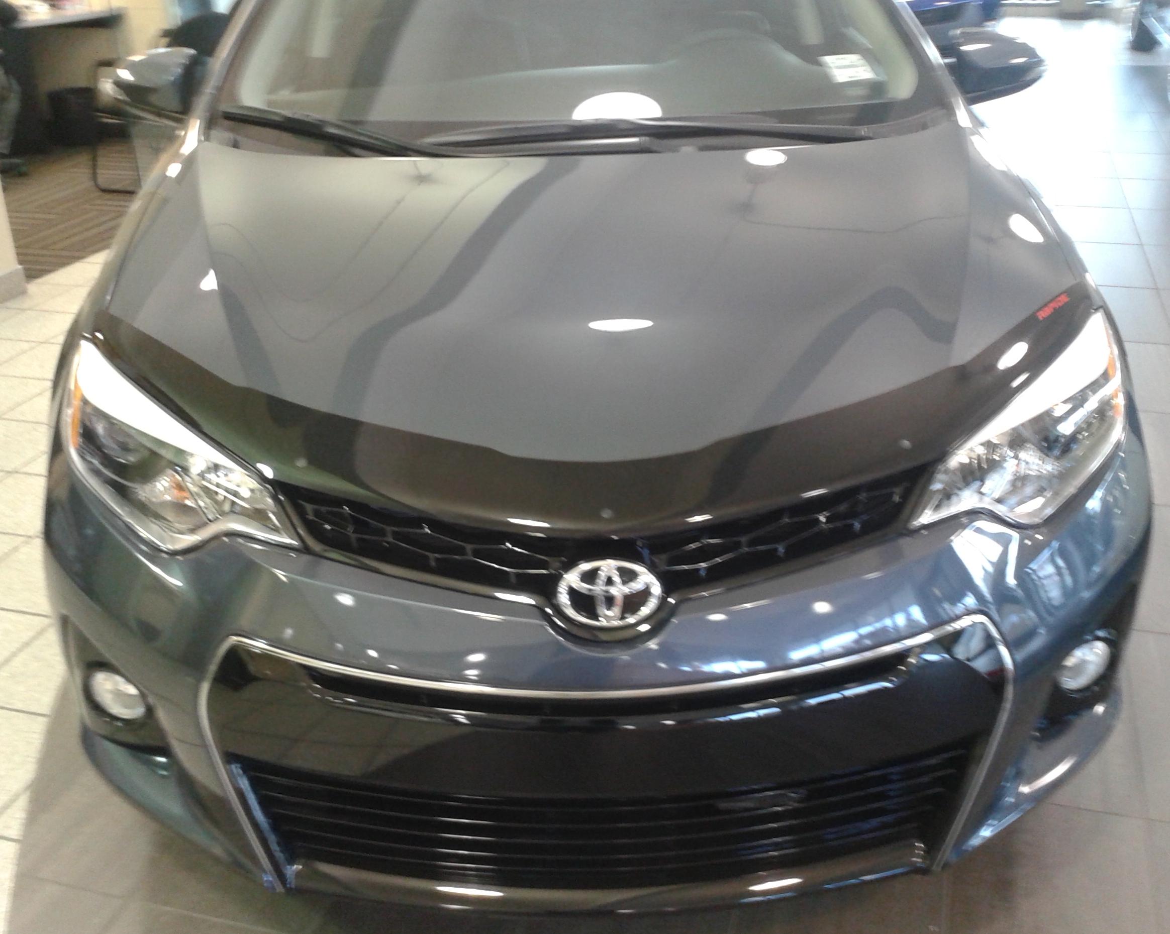 Toyota Corolla 2014 Up Formfit Hood Protectors