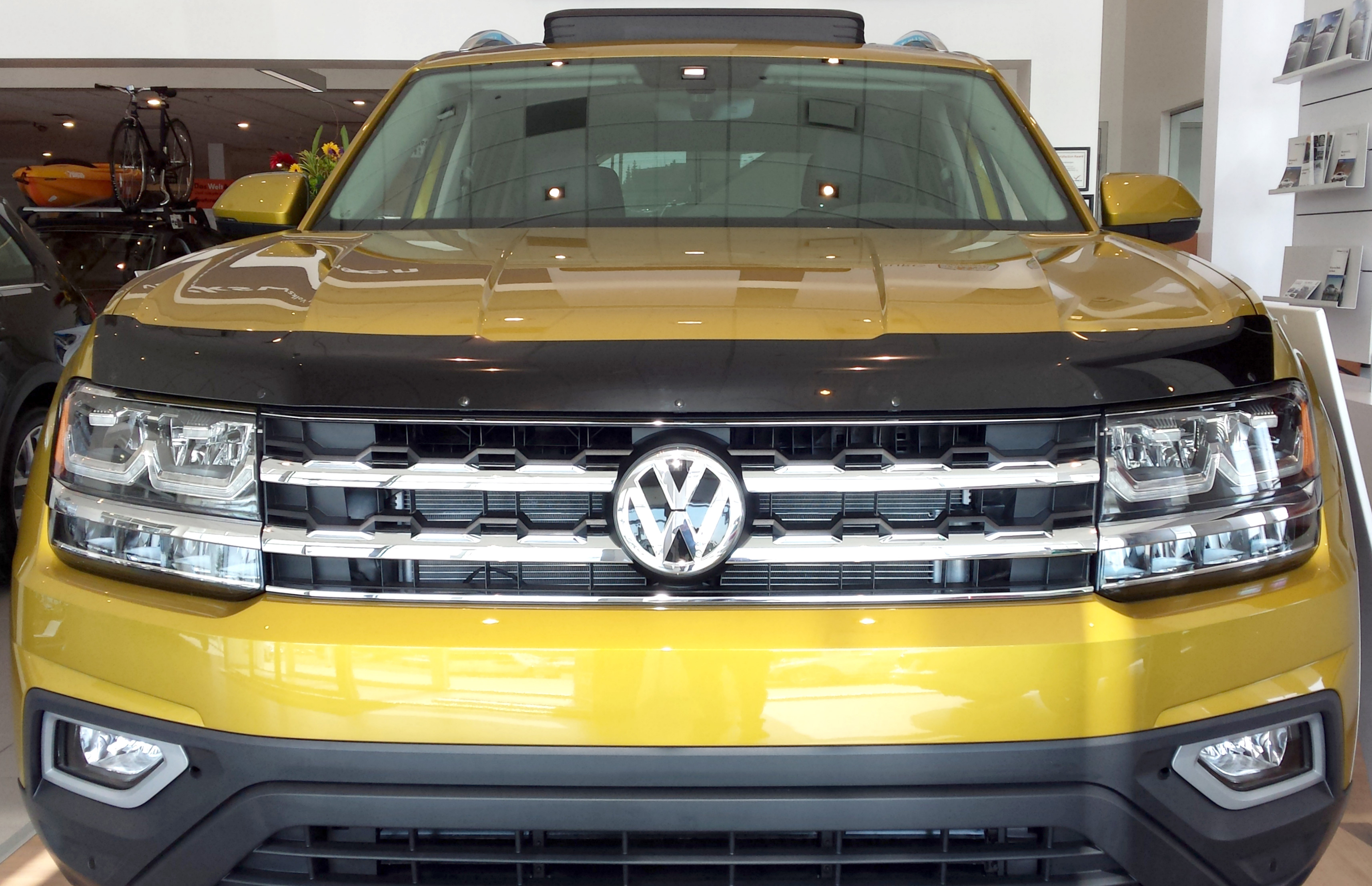 100 volkswagen atlas price our first 2018 volkswagen atlas r line has arrived and it. Black Bedroom Furniture Sets. Home Design Ideas
